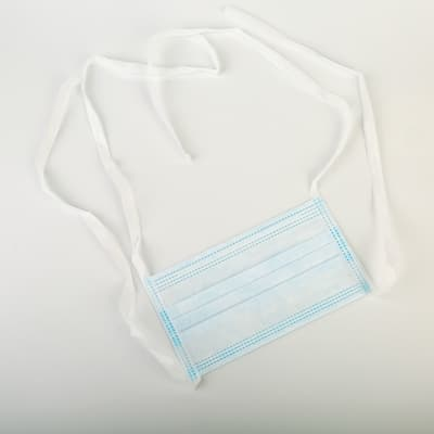 3-ply-disposable-face-mask-tie-2