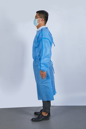 sms-sealed-isolation-gown-pic3